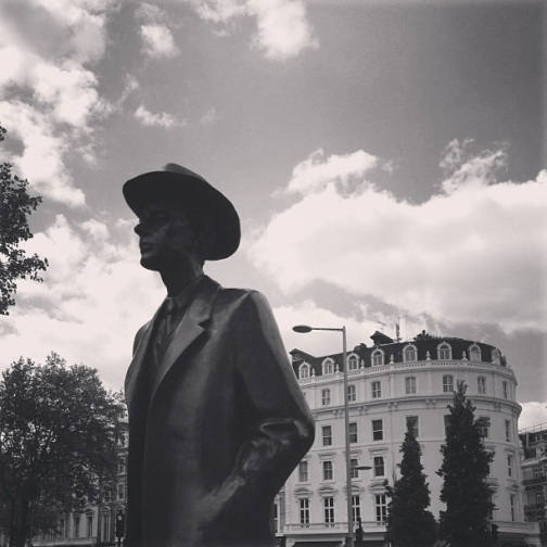 high street kensington, london statue, black and white photograph of a statue, Béla Bartók, hungarian composer, my favorite statue in london, statue of a man, wearing a hat