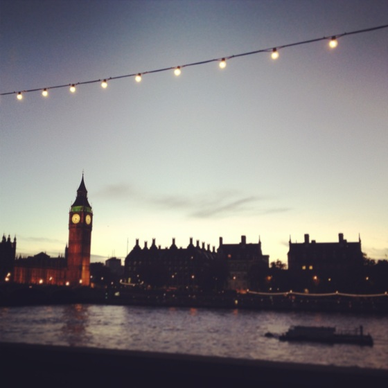 pretty picture of big ben, sunset behind big ben, big ben in london, a walk around london, for the first time, stream of lights and a bridge, westminster bridge, elizabeth tower, a sunset and the thames