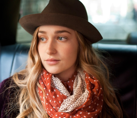 jessa in girls, jess a wearing a hat, jemima kirke, polka dot scarf, girls, hbo original series