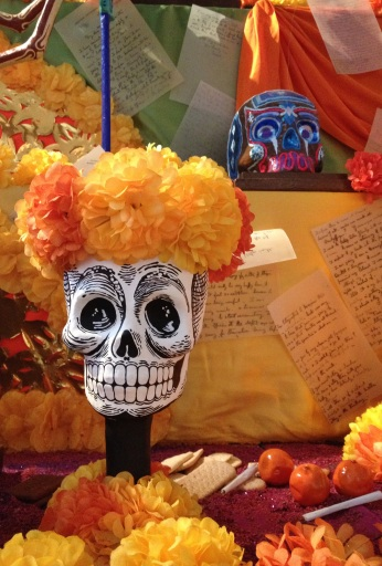altar, day of the dead, oxo tower, south bank, london, celebrations, mexican holiday, dis de los muertos, remembering the dead, events in london, american in london, the lady's guide to adventure, spooky, food, culture, mexico, art gallery, sugar skulls