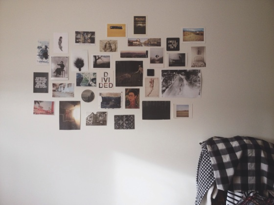 her bedroom, art and design, beautiful photos, growing collection, ruta, wall collage, decorating your life, little details, living in london, black and white, flannel